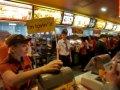 McDonald's усадит всех за парту